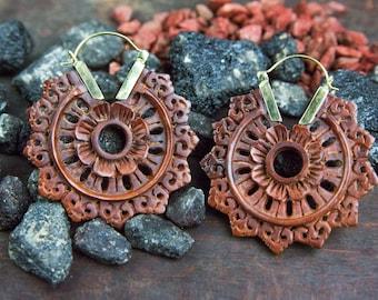 Wood Brass Earrings, Brass Earrings, Carved Wood Earrings, Tribal Jewelry, Ethnic Earrings, Boucles Bois Laiton Mandala