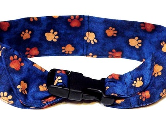Dog Cooling Bandana, Polymer Neck Cooler Collar, Buckle Adjustable Fabric Band, Size Large 18 to 22 inch, Navy Blue Tan Paw Prints iycbrand