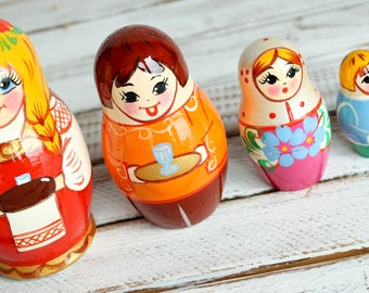 Russian classic matryoshka doll wooden hand painted toy 004175