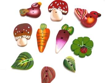 Veggie and bird Buttons Set of 10 small buttons, carrot radish mushroom clover handmade buttons, DIY supply miniature charms, petits Boutons