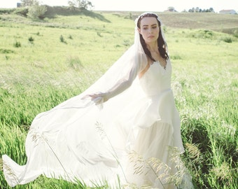 Silk Tulle Wedding Veil, Juliet Cap Bridal Veil - Isaure Veil