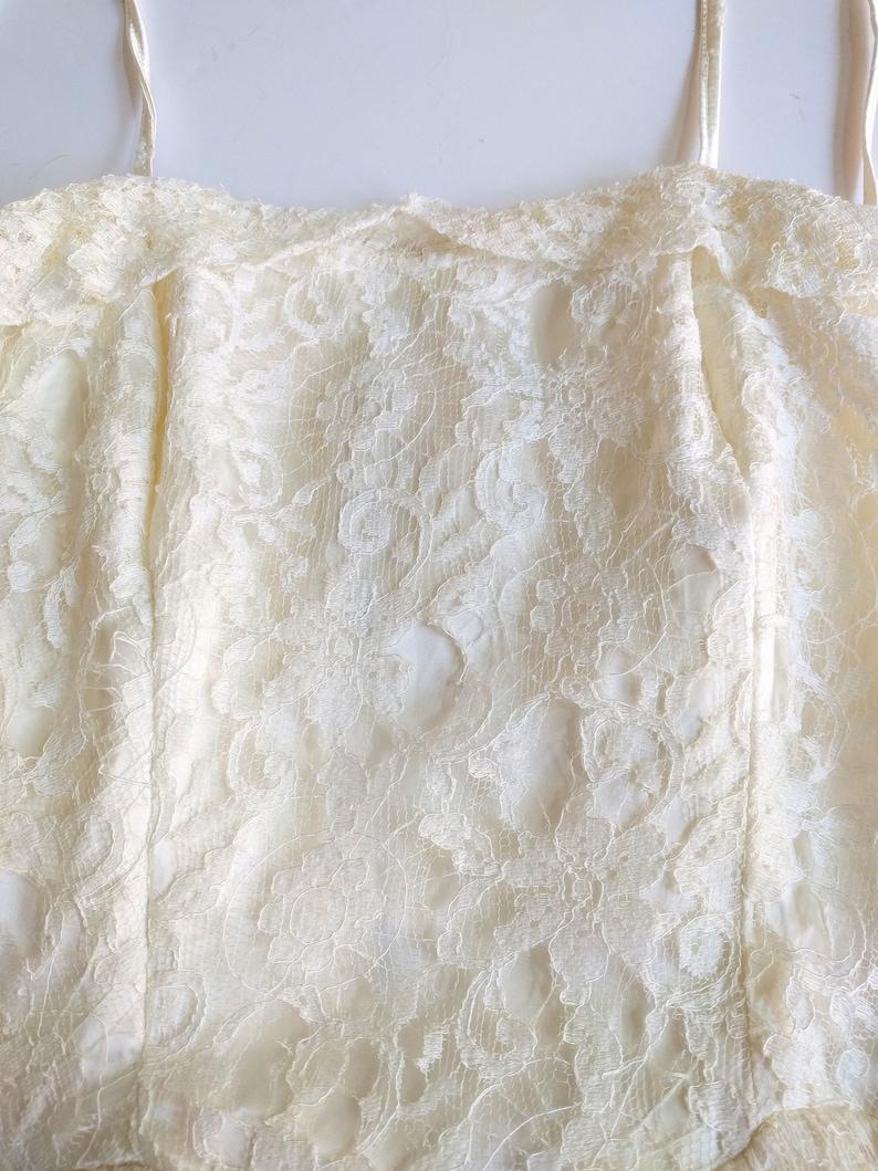 Vintage 60s off white lace dress Cream colored short midi wedding prom
