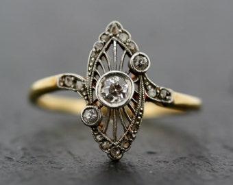 Antique Art Deco Ring - Vintage Diamond Art Deco 18ct Gold & Platinum Ring