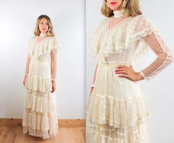 Vintage GUNNE SAX Layered Lace Wedding Dress