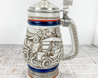 AVON 1 QUART LIDDED STEIN DEDICATED TO CLASSIC CARS HANDCRAFTED IN BRAZIL 1979