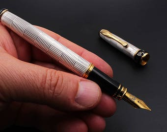 Handcrafted Fountain Pen Sterling Silver Engraved with Wickerwork Guilloche Hallmarked 925 Made in Italy