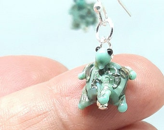 Tiny glass turtle earrings - eggshell greens