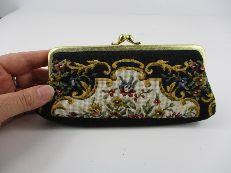 1960s Vintage Floral Tapestry Pattern Coin Change Purse ~ Embroidery Needlepoint