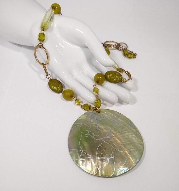 Vintage Green Shell Circular Pendant