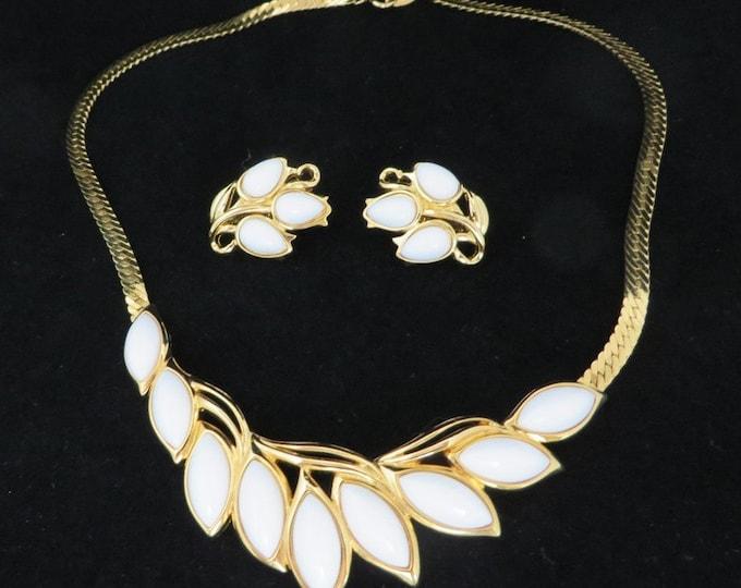 Trifari Milk Glass Jewelry, Vintage Necklace, Earrings Set, White Glass, Herringbone Necklace Set, Clip on Leaf Earrings, Demi Parure