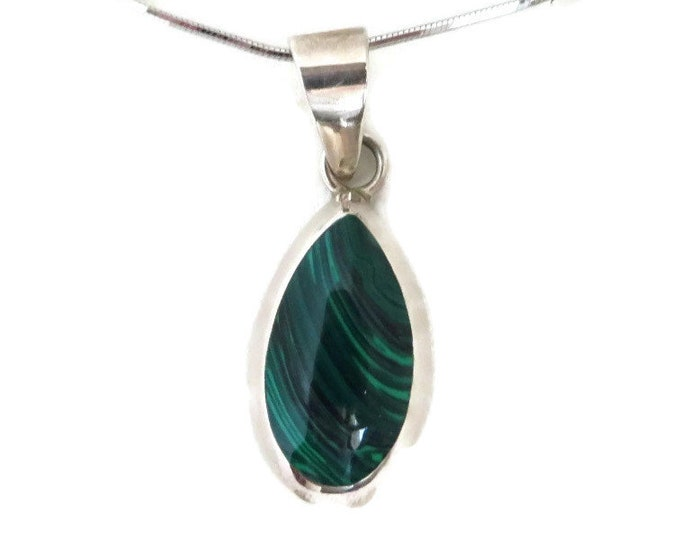 Malachite Oval Pendant Necklace - Vintage Taxco Sterling Silver Pendant, Italian Silver Chain Necklace