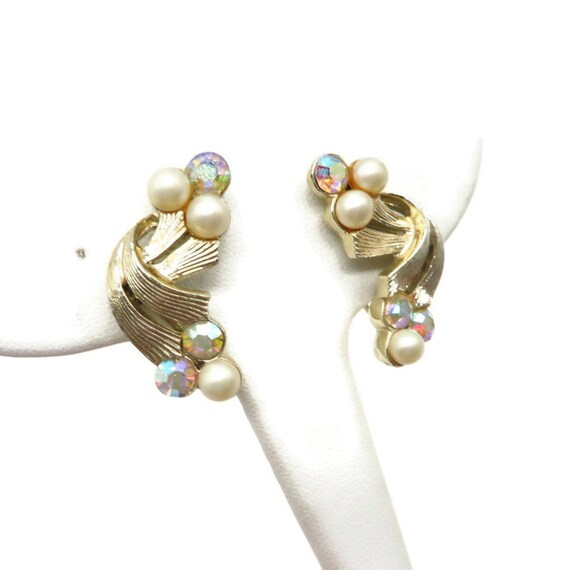 Coro Pearl and Rhinestone Earrings, Pale Gold Ton… - image 4