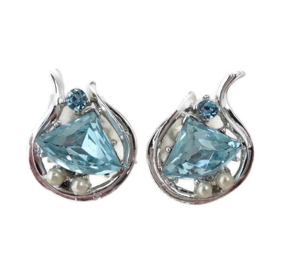 6d36e4bf2fbfd Signed ROME Rhinestone Earrings, Vintage Blue Rhinestone Clip-on Earrings