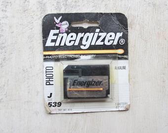 Vintage Energizer Battery, Photo Battery, Energizer Bunny, J Size, 539, 6.0 Volts, Mantique, Vintage Graphics, Gift for Him, 1990s WTH-1525