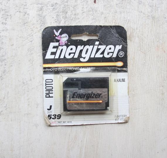 Photo Battery Gift for Him Vintage Energizer Battery Vintage Graphics J Size 6.0 Volts 1990s WTH-1525 Energizer Bunny 539 Mantique