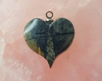 Black Forest Green Picasso Marble Medium Happy Heart Charm/ backed