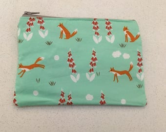 Mint foxes small zip bag.