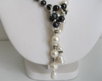 Black and White Combo Pearl Lariat Necklace