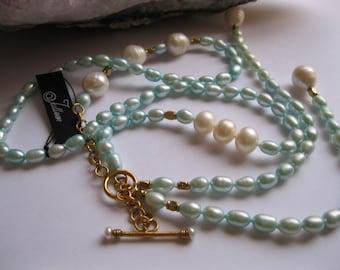 Aqua Cultured Pearl Lariat with Gold Vermeil