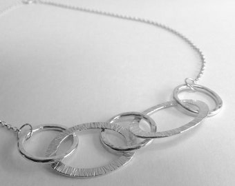 Sterling silver textured links necklace