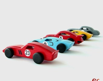 Wooden Toy Classic Cars, EmanuelRufo Classic Cars, Wooden Toy for Kids, Boys, Toddlers, Children, Classic Race Cars (set of 5 cars)