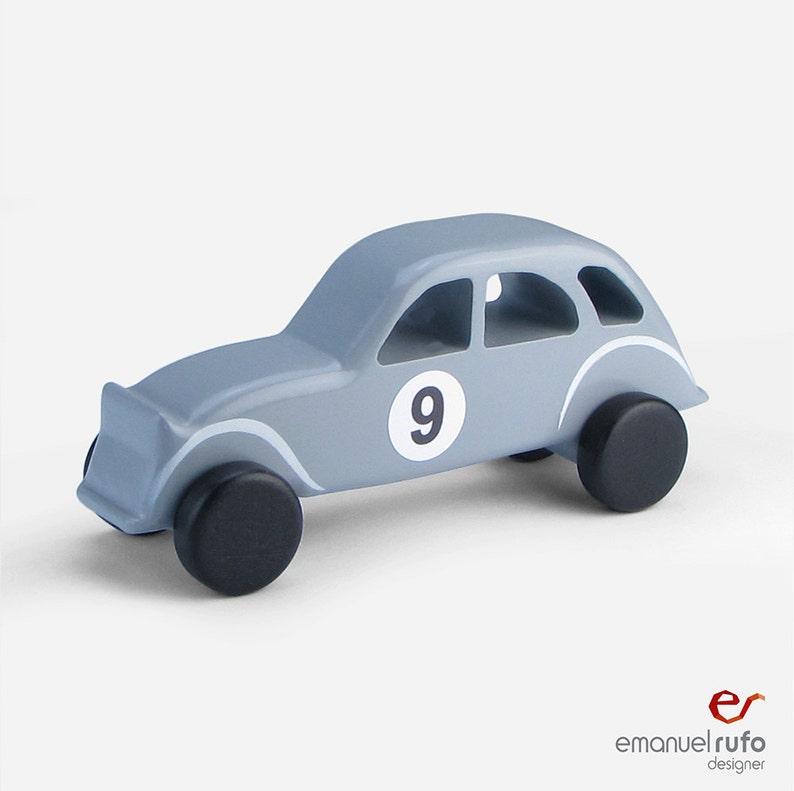 En Le EnfantsGarçonsInspiré Classique Pour Par Jouet 2cv ClassiqueBois BoisVoiture Citroën nOwN80yvm