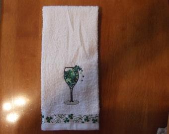 Embroidered ~SHAMROCK WINE~ St Patrick's Day Kitchen Bath Hand Towel