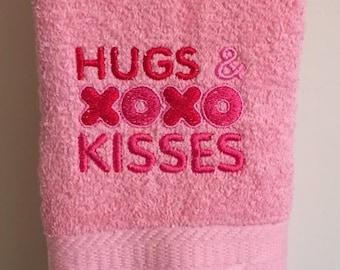 Embroidered ~HUGS & KISSES XOXO~ Kitchen Bath Hand Towel