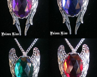 Angel Wings necklace with stone