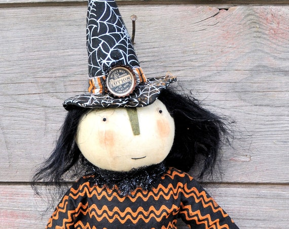 NEW! Primitive Witch with Frog