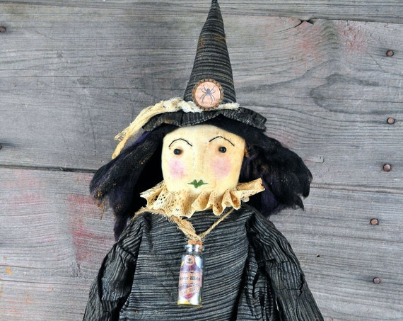 NEW! Primitive Witch with Spiders