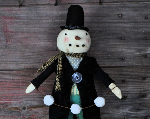Primitive Snowman with Snowball Garland