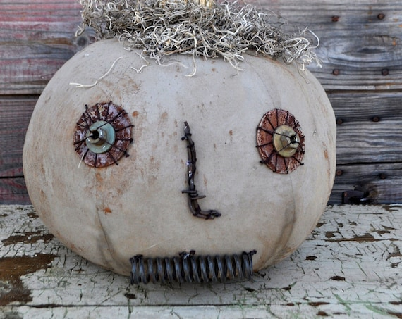 Prim One-of-a-kind Gray Jack-O-Lantern