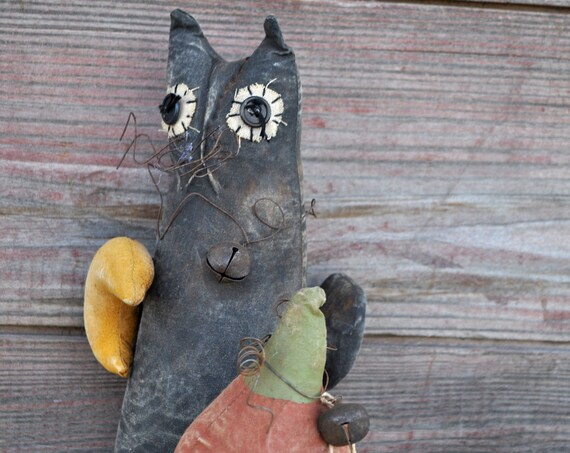 SALE! Primitive Cat with Jack-O-Lantern & Moon