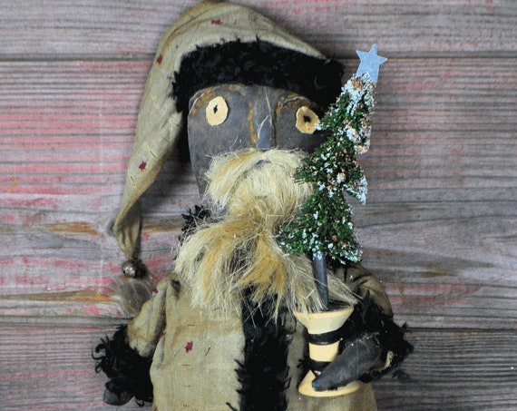 NEW! Limited Edition Primitive Santa with Spool Tree
