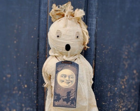Primitive Ghost with Vintage Style Moon Tag