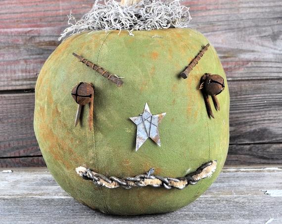 Prim One-of-a-kind Green Jack-O-Lantern