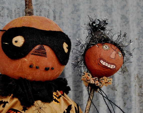 Primitive Masquerade Pumpkin Doll with Clown Toy