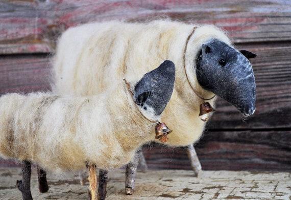 NEW! Primitive Ewe and Lamb Set