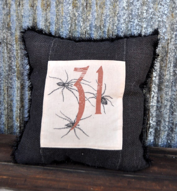 SALE! Primitive Halloween Pillow