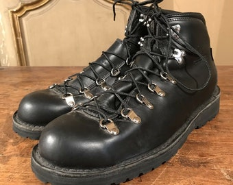 626ca8af3d4 Mountaineering boots   Etsy