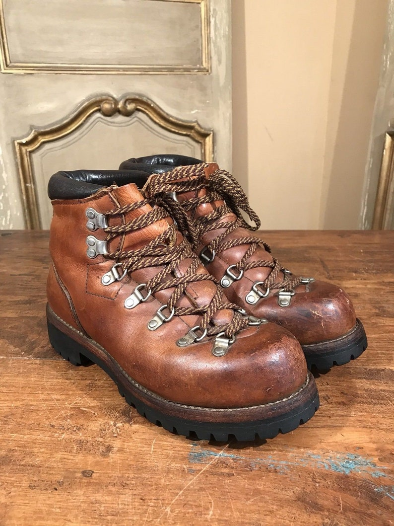 0fe093944c1 Vintage Red Wing Irish Setter Mens Mountaineering Hiking Climbing Boots  Size 6.5