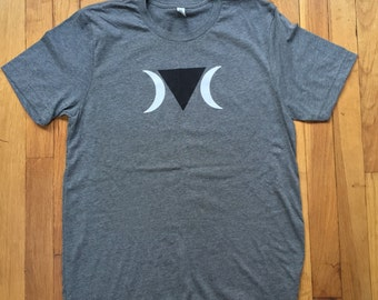 GREY Queer Witch T-shirt