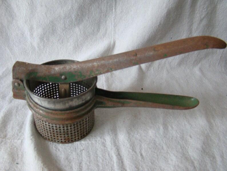 Vintage Green Painted Metal Potato Ricer Masher Press 31639
