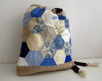 Patchwork Drawstring Bag, Multicoloured Quilted Fabric Purse, Knitting, Crochet Storage, Yarn Storage, Multipurpose bag, Crafts, Silk lined