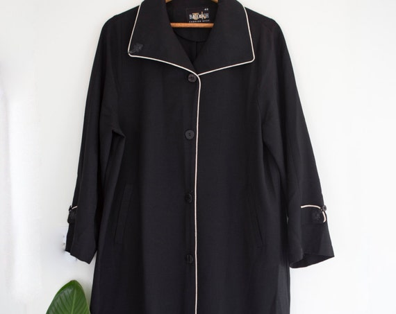 Lightweight Outline Overcoat