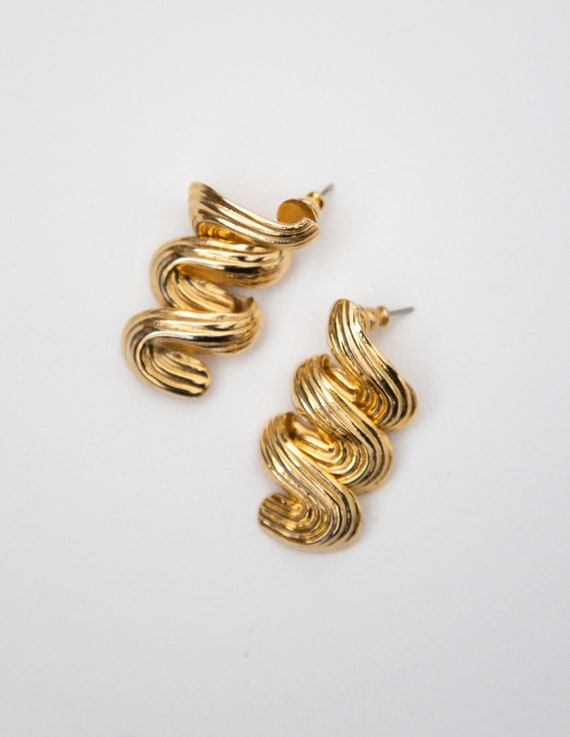 Squiggle Gold Sun Stud Earrings