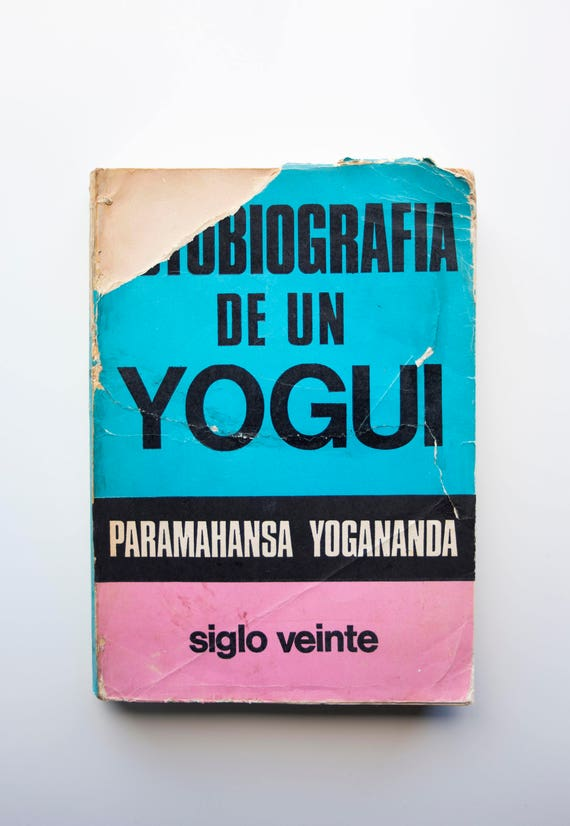 Autobiografia de un Yogui - 'Autobiography of a Yogi' in Spanish