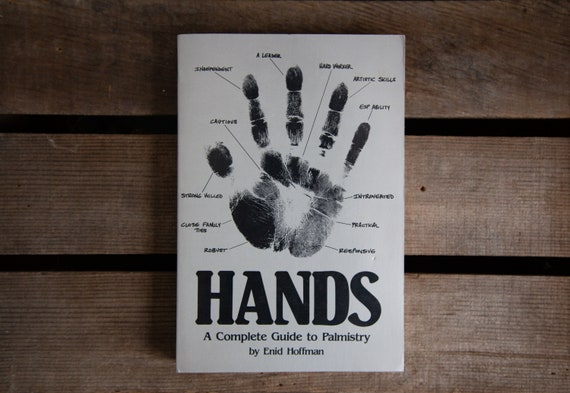 Hands: A Complete Guide to Palmistry- Schiffer Publishing - 1984
