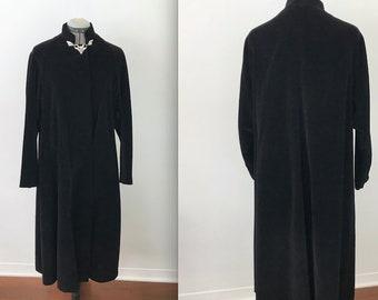 Vintage Black Velvet Opera Swing Coat with Rhinestone Closure